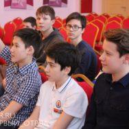 Школьная игра «Большие дебаты»